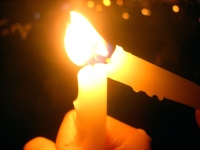 candles-share