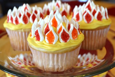Pentecost Flamming Cupcakes